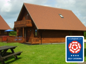 Melbury Chalet - 4 Star (rated by Visit Britain)